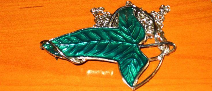 Hoja de Lothlórien; broche con la forma de la hoja del mellyrn.