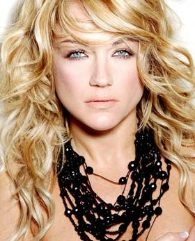 Light Spring - golden blonde hair .... This WILL be the inspiration of my hair  color before end of summer!
