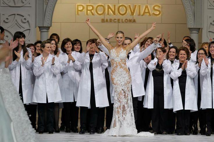 Fashion Show Pronovias 2015