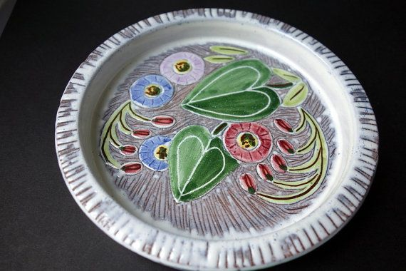 1960s Laholm Sweden Sgraffito dish in pastel shades
