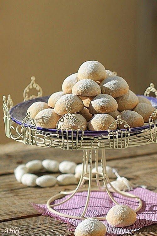 Συνταγές για μικρά και για.....μεγάλα παιδιά: Κουραμπιέδες απο την Κύπρο!