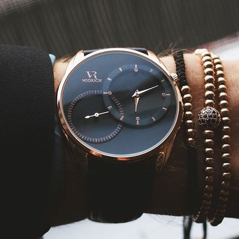 Close up with the Rose Gold Dual Time and Macrame Stack. #vodrich