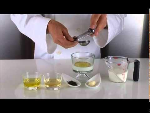 Molecular Gastronomy - Spherical Tzatziki - Tzatziki sphérique