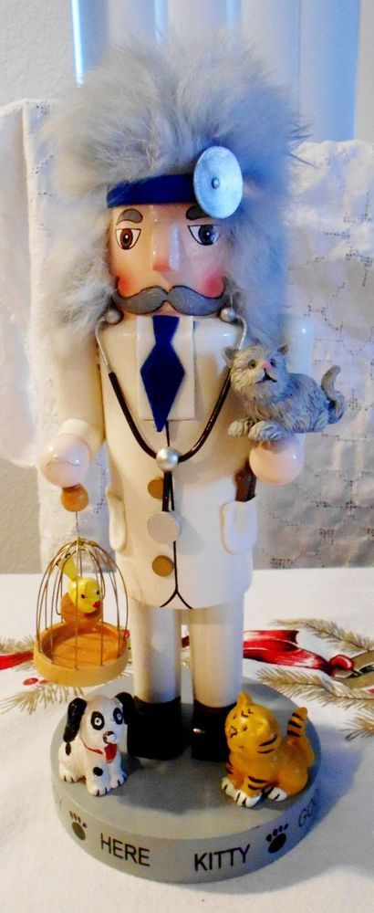 """RARE Village NUTCRACKER VETERINARIAN Vet Wood Dog Cat Bird 9"""" Tall 2000 Doctor"""
