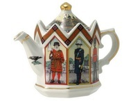 """Фарфоровый чайник """"Лондонский Тауэр"""""""