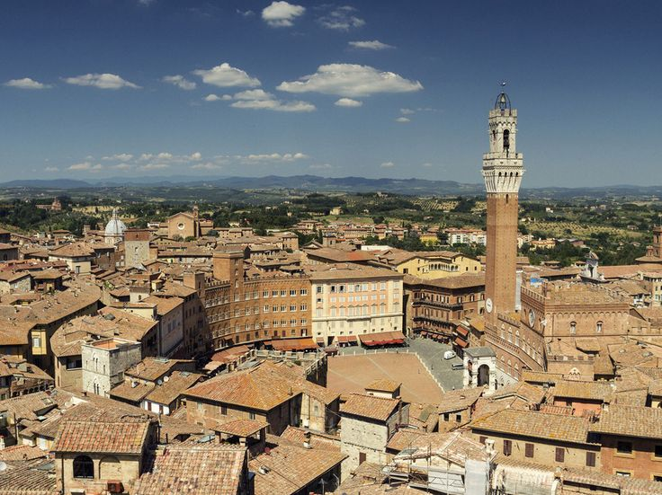 Top 10 Cities in Europe: Readers' Choice Awards 2014 - Condé Nast Traveler  8. Siena, Italy ShareGrid View Readers' Rating: 81.686 Siena is a city where the truth is better than art or fiction—it's prettier than the postcards and more elegant than the Lorenzetti paintings. Plus, the food is sublime (note the army of young Japanese chefs in the glass-walled kitchen at Osteria Le Logge, just off the Campo; they've come to the epicenter of Tuscan cuisine to learn it right).