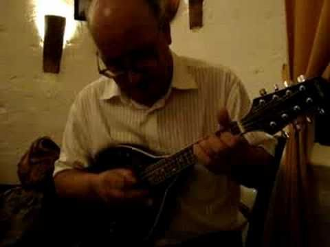 """A beautiful WALTZ (walzer, valse, vals, valzer) plays with an incredible traditional Italian mandolin  The Italian mandolin Maestro ANTONIO CALSOLARO (Mandolin) and Francesco Polito (Guitar), explains how the traditional Mandolin music was introduce, during the 18th century, in the """"Italian Barbers Saloon"""". The Maestro Calsolaro execute an excele..."""