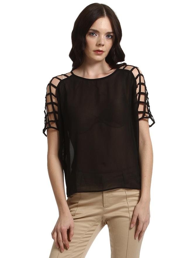 http://www.enmoda.com/product/pieces-kafes-dekolteli-siyah-bluz-17047201/