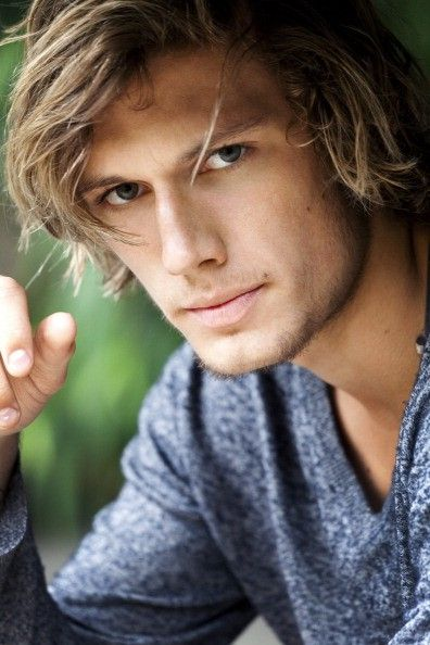 ANNOUNCEMENT: Alex Pettyfer is officially the most gorgeous person ever.