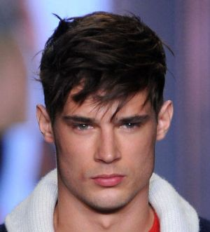 Picture of stylish men hairstyle with long swept bang.PNG