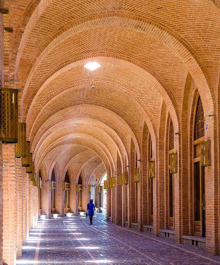 The caravanserai of Sa'd al-Saltaneh is one of the largest and best preserved urban caravansaries in Iran. Covering an area of 6.2 hectares, the #caravanserai was constructed in #Qajar era during the reign of Nasereddin Shah (1831 – 1896) in city of #Qazvin.