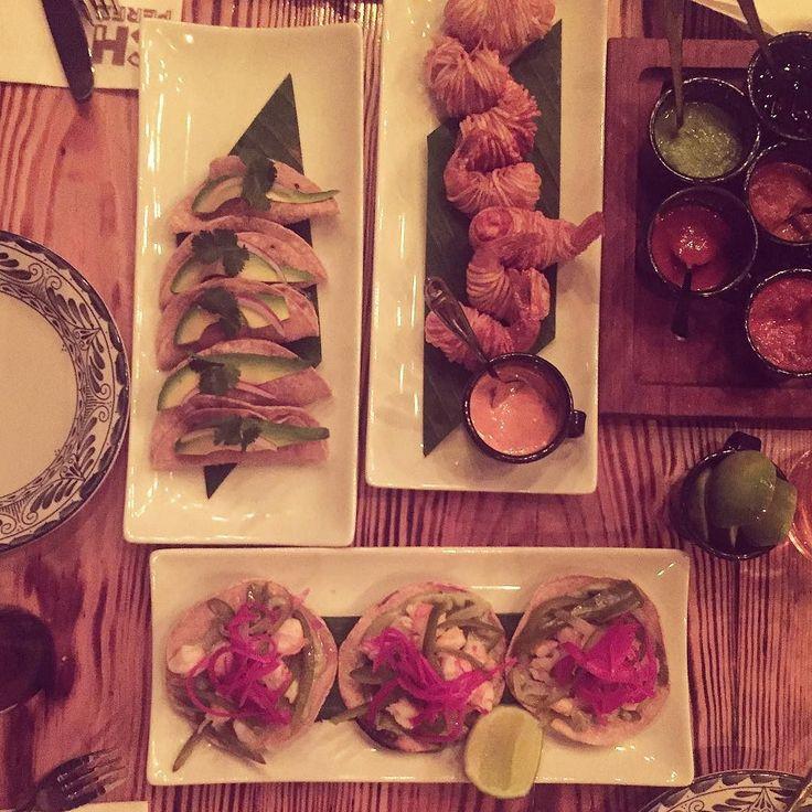 Hoy la dieta se fue a la  nos fuimos de noche de cita mi maridin @pixel_me_crazy y yo a @chuchitoperez  #chokolatpimienta #food #foodie #foodpic #foodblog #foodgasm #foodphoto #foodstylist #yum #yummy #instagood #instafood #instalike #delicious #dinerfood #cena #condesa #df #mexico #dondecomer #dondeir