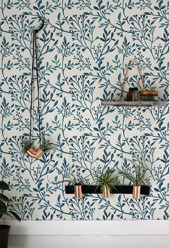 Floral wallpaper and indoor plants - Interior Design Ideas