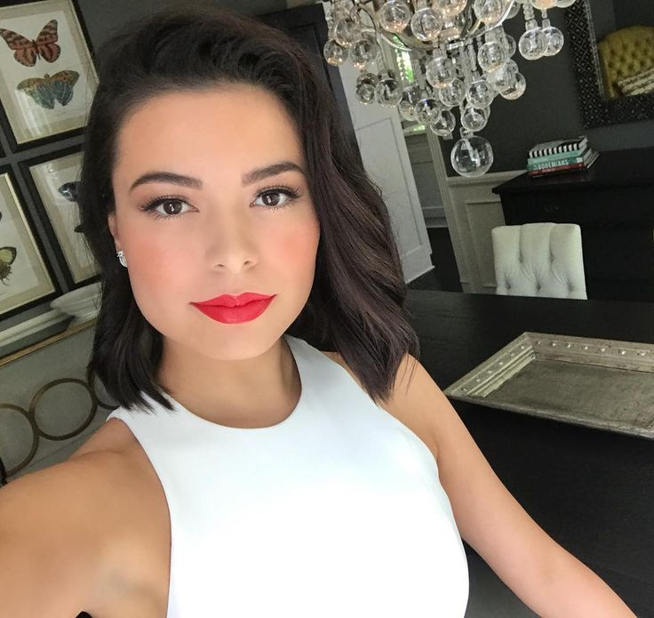 """104.4k Likes, 1,260 Comments - Miranda Cosgrove (@mirandacosgrove) on Instagram: """"Heading to the EIF Presents: XQ Super School Live Event to #RethinkHighSchool! Check it out tonight…"""""""
