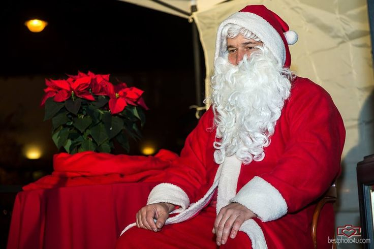 Santa Claus comes every year :3