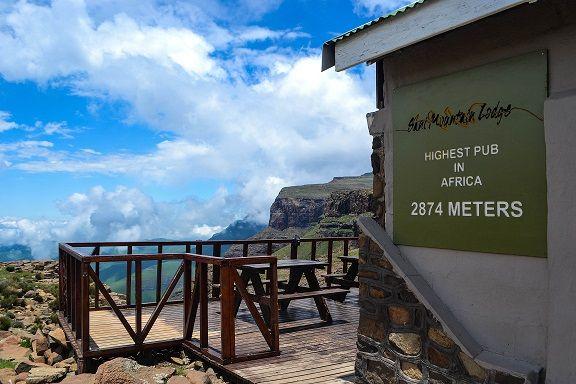 Sani Mountain Lodge - Overlooking the Drakensberg Mountains of the Sani Pass, Lesotho