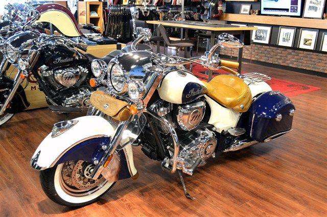 indian motorcycle custom paint - Google 검색  Para saber más sobre los coches no olvides visitar marcasdecoches.org