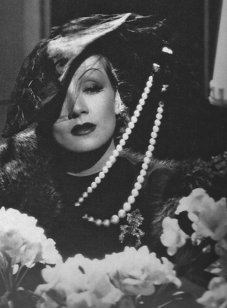 """gatabella: """"Marlene Dietrich"""