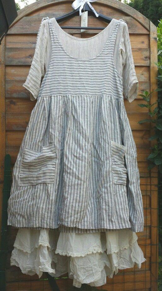 Ma robe rayée écrue Les Ours modèle Perrine sur la sous robe Mylene des Chiffons de Pucerone et mon Jupon Tine crème Ewa I Walla