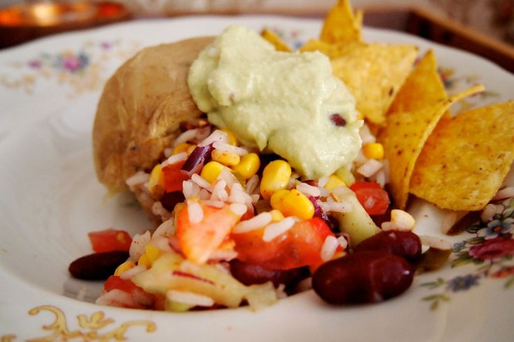 Gepofte aardappel op de Mexicaanse manier. Vegan, zomers, heerlijk én gezond. De Groene Meisjes