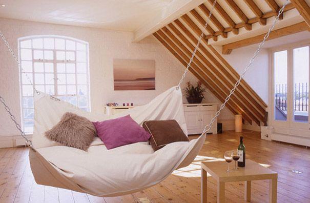 insolite maison originale lit hamac   32 idées insolites pour rendre votre maison originale   piscine ping pong photo original maison lit im...