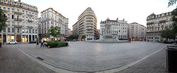 blogdetravel: Jurnal de călătorie, Franţa 2017 - Lyon, Place des...