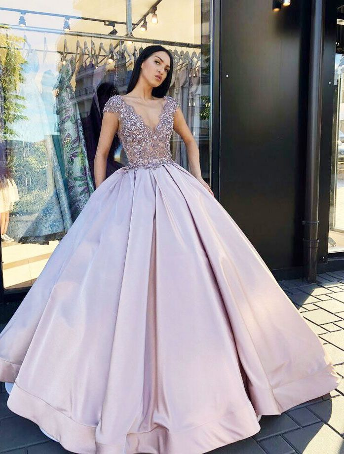 4684e4a7dda chic v-neck lilac ball gowns with beaded for sweet 16 prom ...