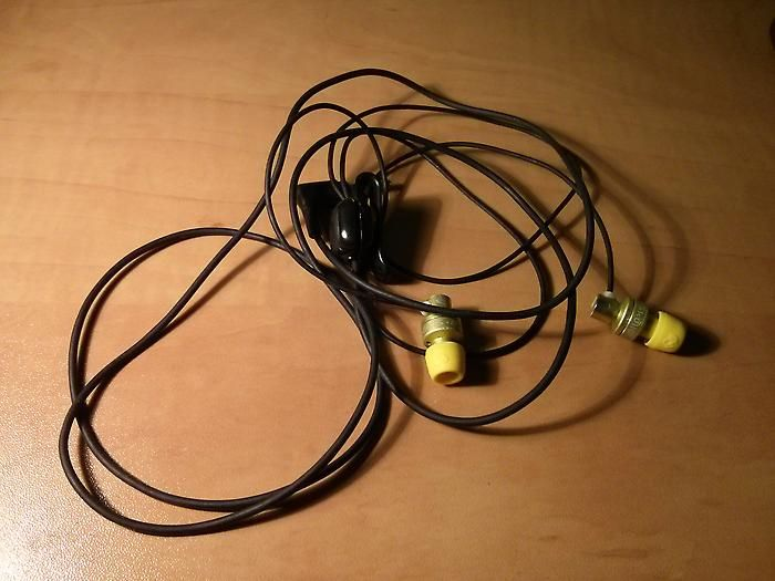 Rewire Old Nokia handsfree (WH-102 & WH-205) to use it with Android phones (OMTP to CTIA rewiring)