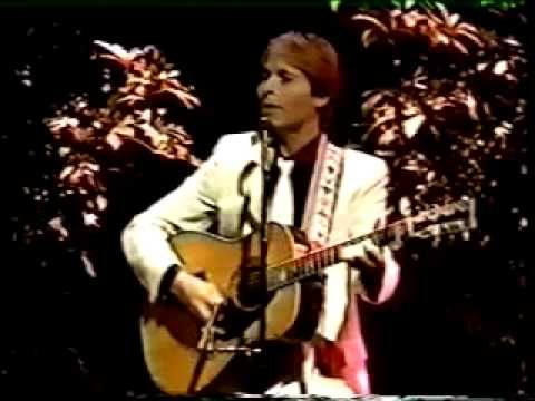 John Denver - Live at the Apollo Theater   (10,26/1982) - Rocky Mountain High, Sunshine On My Shoulders