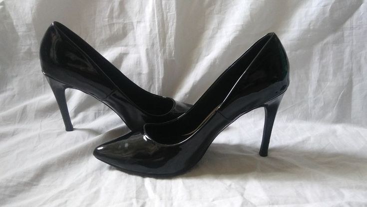 Express Size 9 Women's Black Patent Leather Heels Pumps #Express #PumpsClassics #Casual #womensfashion #womensshoes