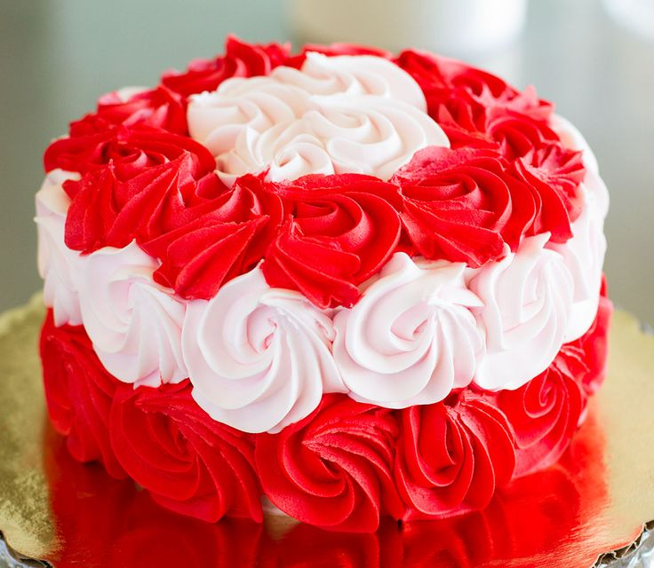 Rose Day Cake Images : 25 best images about Valentine s Day Cakes on Pinterest ...
