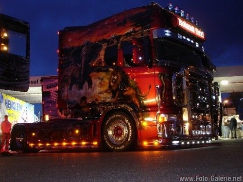 scania camions pinterest meilleures id es camping car camping et boire. Black Bedroom Furniture Sets. Home Design Ideas
