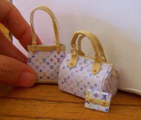 """.:* L - .:* L - OMG! adorable mini polymerclay Louis Vuitton bags. from """"Las Margaritas: Mas bolsos y tutorial"""""""