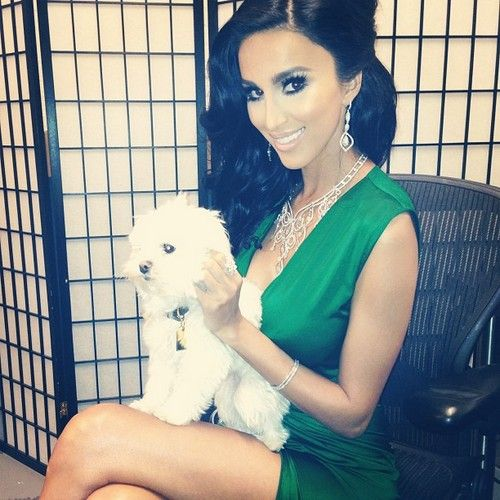 """Shahs Of Sunset's Lilly Ghalichi Responds To MJ Javid's """"Welfare Line"""" Jab; Also, Asa Soltan Rahmati Explains The Gold Coins"""