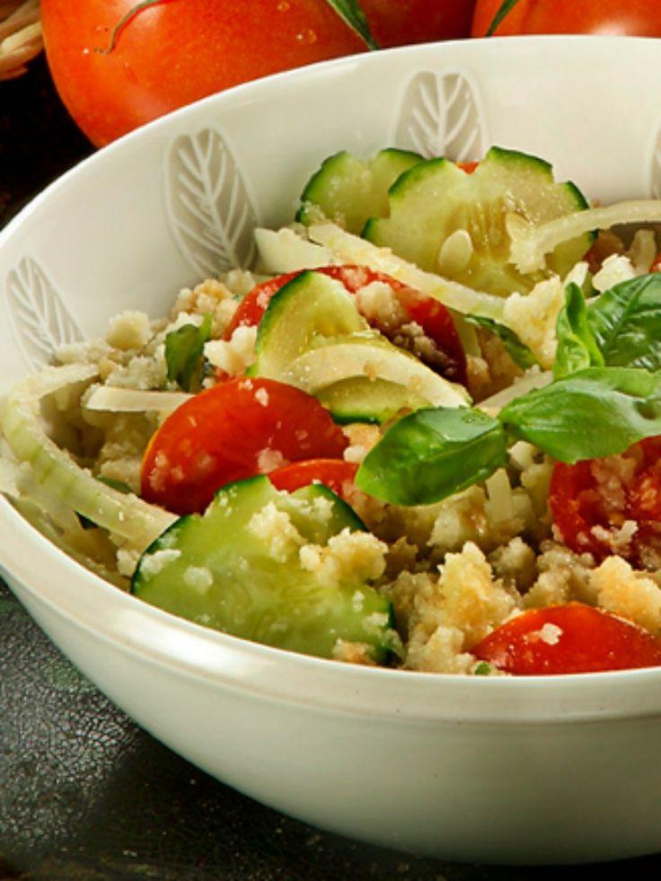 Panzanella - Peasant Style Tuscan Bread SaladBreads Salad, Breads Slices, Tuscan Breads