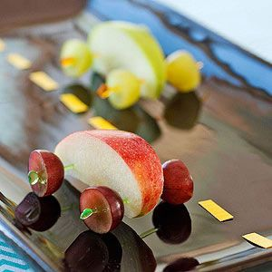Race Car Snacks - Grapes + Apples  - Creative way to prepare and serve fruit