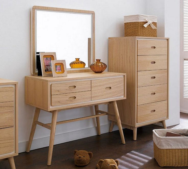 25 best ideas about dressing table modern on pinterest for Oak makeup table