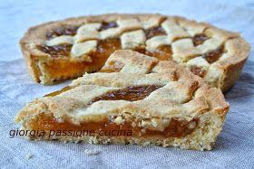 buonissima crostata con frolla alle nocciole e marmellata di pere