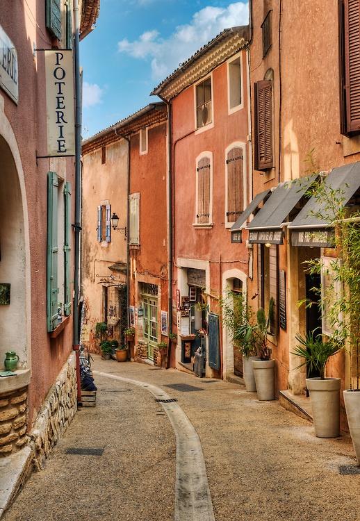 Street in Roussillon