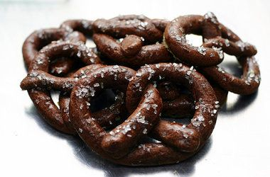 Chocolate Pretzel Cookies — Punchfork More