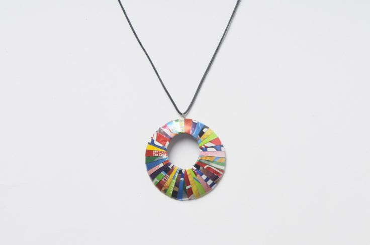 Round shape soda-can necklace