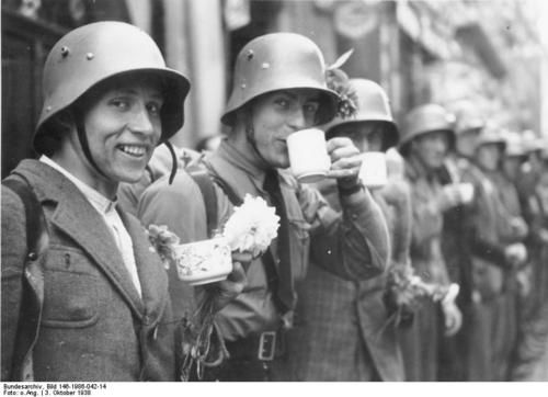 Sudetendeutches Freikorps in the city of Cheb, Czechoslovakia, 3rd October 1938.