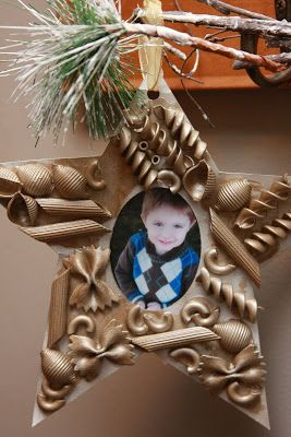 10 Easy Christmas Ornaments for Kids to make with pasta