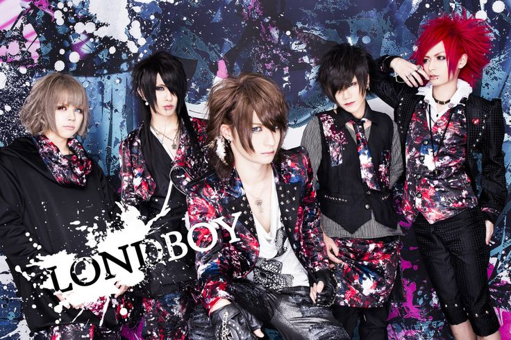 LONDBOY is a new band that had their debut on October 13th last year. All members except the vocalist comes from the band NOCTSCURE. NOCTSCURE's ex vocalist is nowadays member of the new band KILLA...