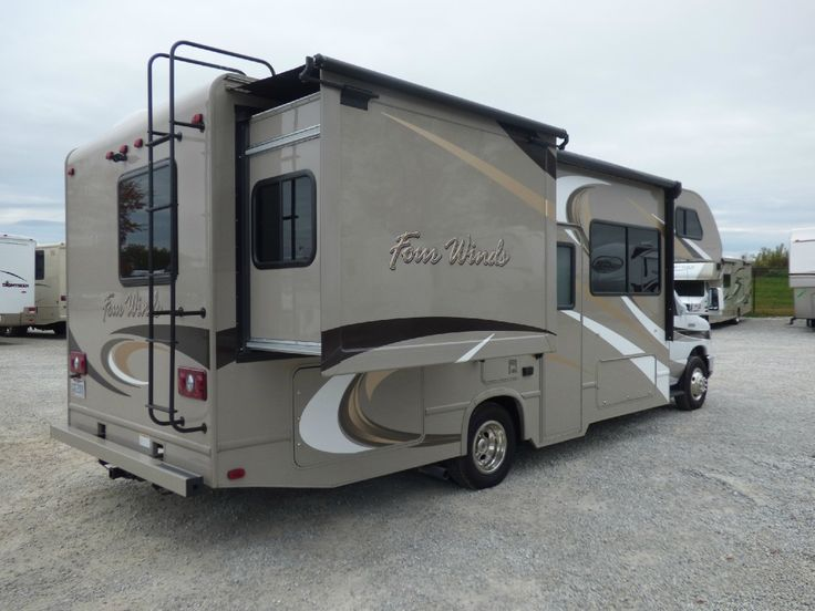 Used 2015 thor motor coach four winds 26a motor home class for Thor motor coach four winds