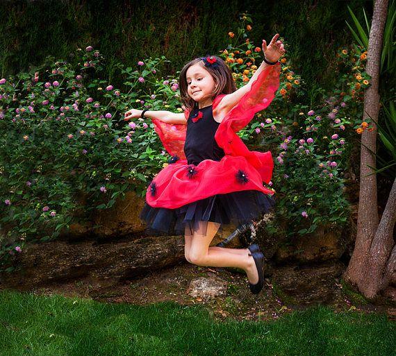 Disfraz de mariquita de cuento para niña. Tutú de mariquita fantasía para niña. Regalo niña original personalizado. Mariquita alas de tul
