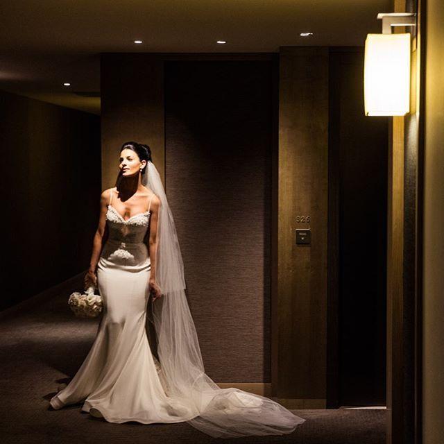 Beautiful Yasmin in her @leahdagloria gown at @parkhyattsydney Flowers by @vesnagrassofloraldesigner  #gmphotographics #gmphoto #masterphotographer #weddingphotographer #weddingphotography #sydneywedding #love #instabride #bride #weddingdress #leahdagloria