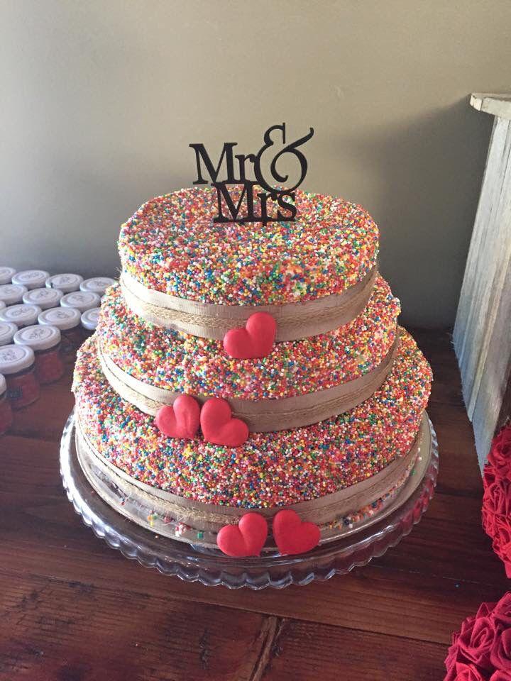 100s&1000s wedding cake