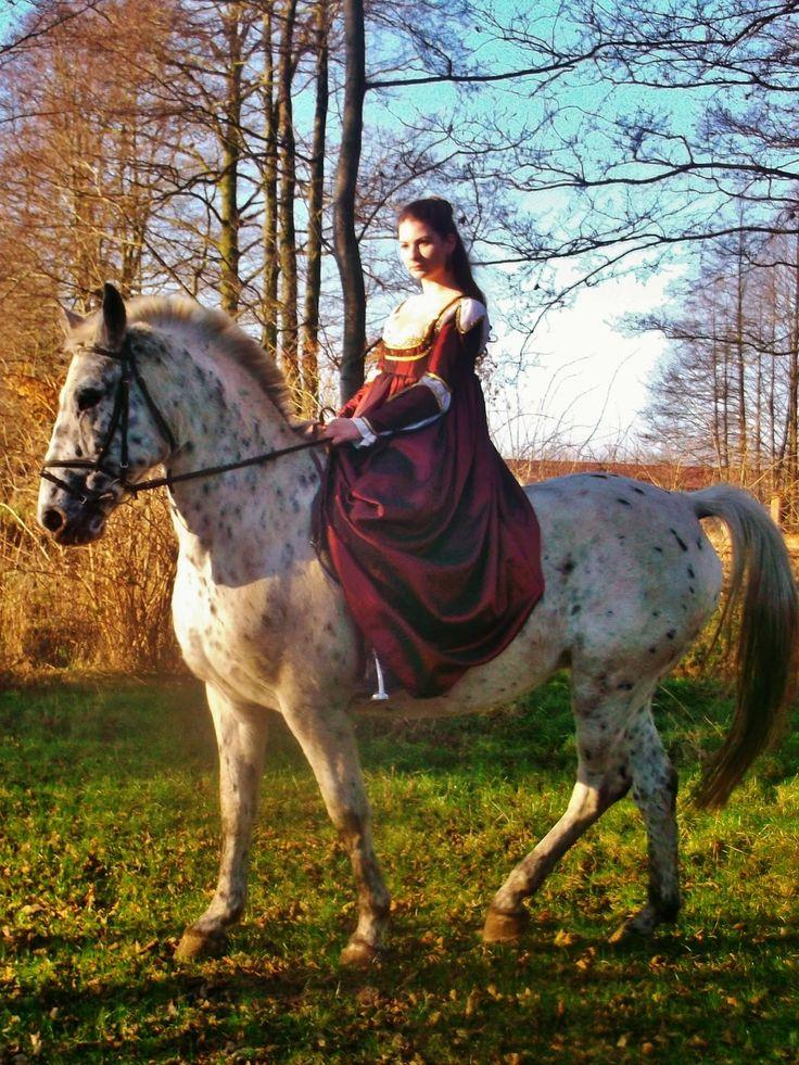 Belle Atelier: Suknia a'la Borgia - sesja