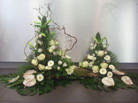 Devant de tombe nature - fleurs obsèques - deuil - fleuriste - Saint-Malo. Hortense & Joséphine fleuriste-décoratrice événementiel.